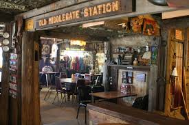 Middlegate Saloon